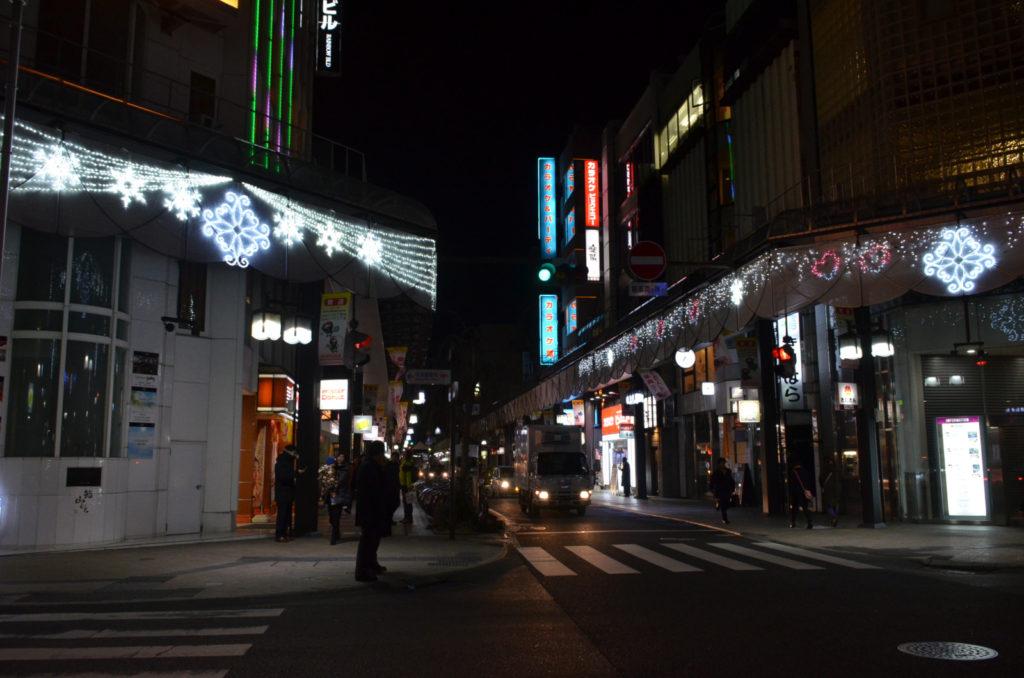 08_大通り3_交差点