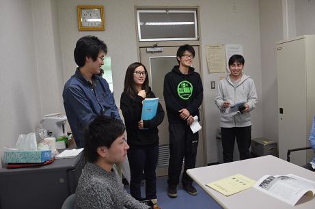 ④長田研究室の学生たち